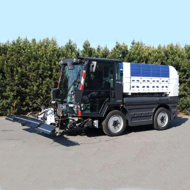 Veicoli per pulizia e sanificazione stradale
